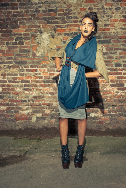 zaramia-ava-zaramiaava-leeds-fashion-designer-ethical-sustainable-tailored-minimalist-versatile-drape-teal-brown-coat-jacket-buckles-scarf-skirt-styling-womenswear-model-photoshoot--5