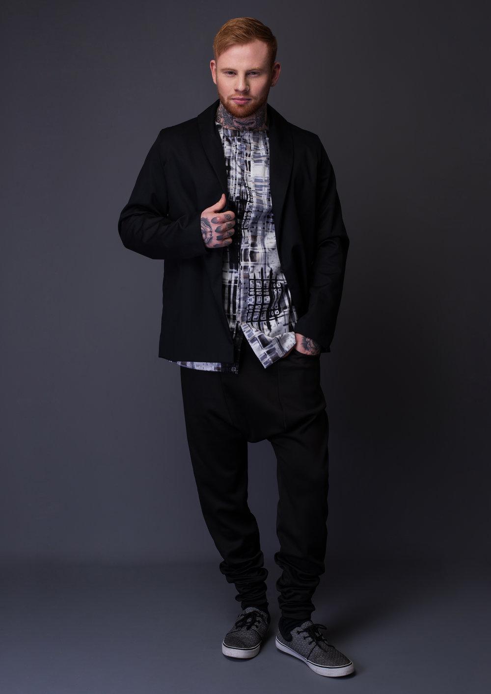 zaramia-ava-zaramiaava-leeds-fashion-designer-leedsfashiondesigner-stylist-leeds-stylist-leedsstylist-ethical-sustainable-minimalist-versatile-drape-eito-hareem-trouser-pants-black-ren-akiro-11