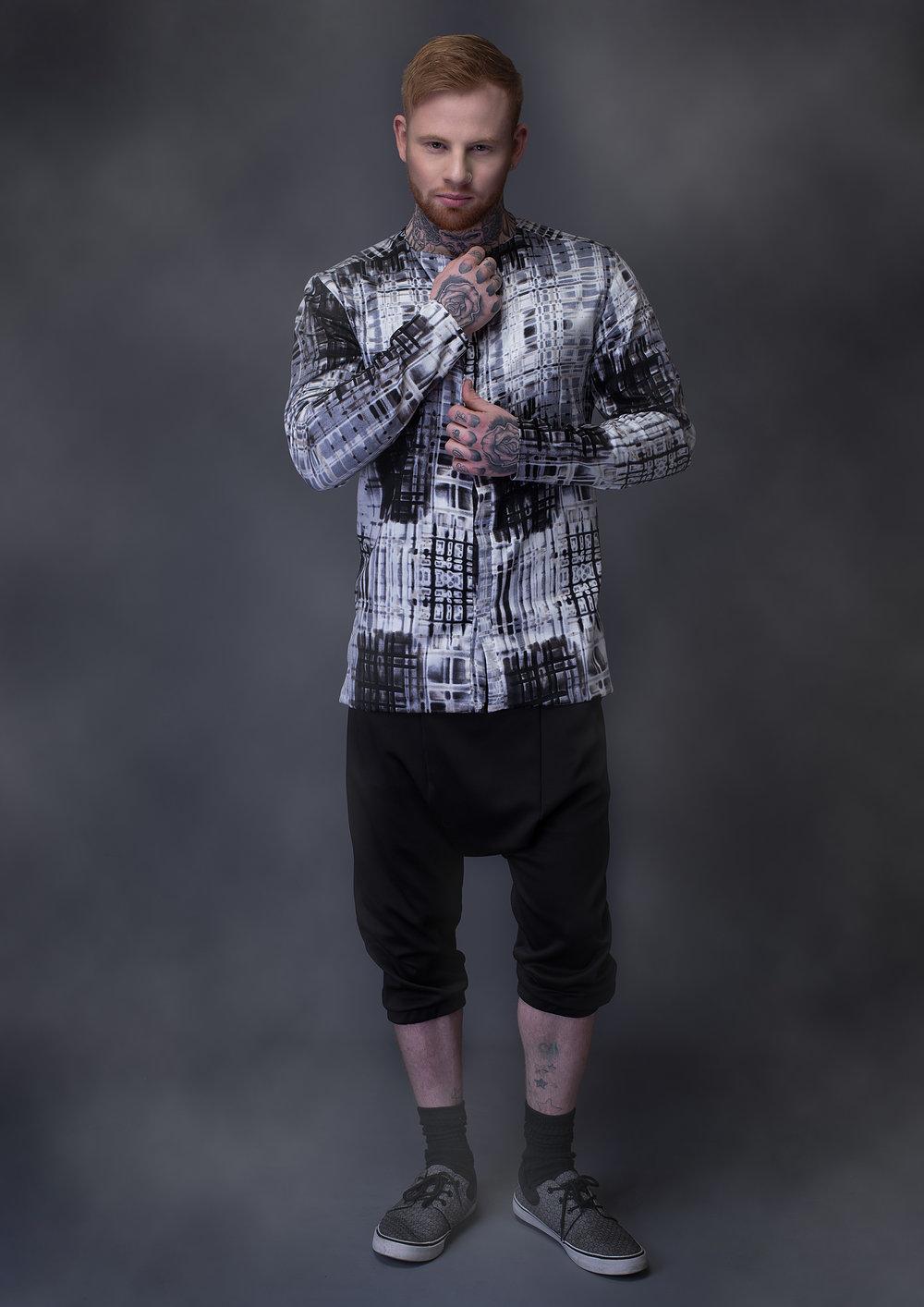 zaramia-ava-zaramiaava-leeds-fashion-designer-leedsfashiondesigner-stylist-leeds-stylist-leedsstylist-ethical-sustainable-minimalist-versatile-drape-eito-hareem-trouser-shorts-black-ren-13