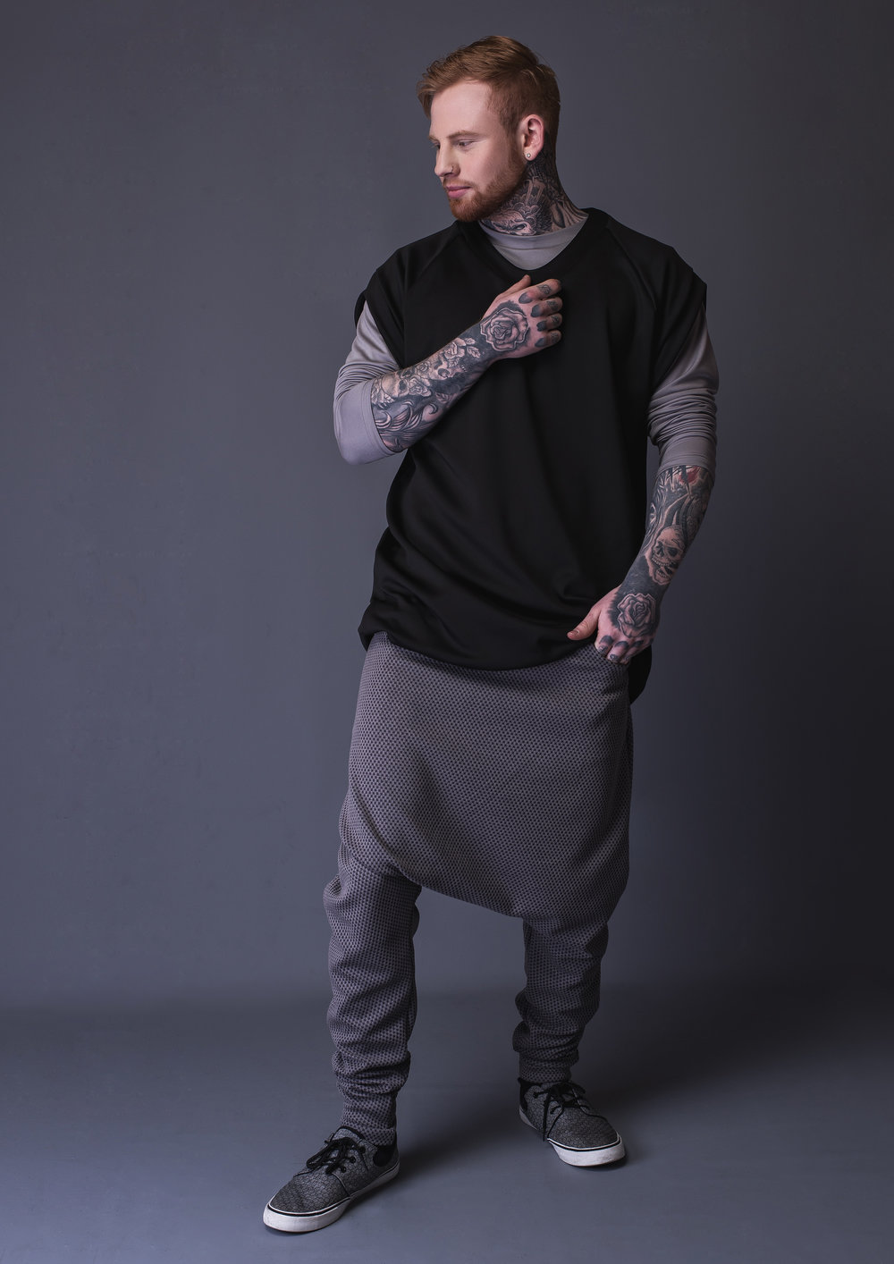 zaramia-ava-zaramiaava-leeds-fashion-designer-leedsfashiondesigner-stylist-leeds-stylist-leedsstylist-ethical-sustainable-minimalist-versatile-drape-kobe-nishi-hiroto-hareem-trouser-pants-10