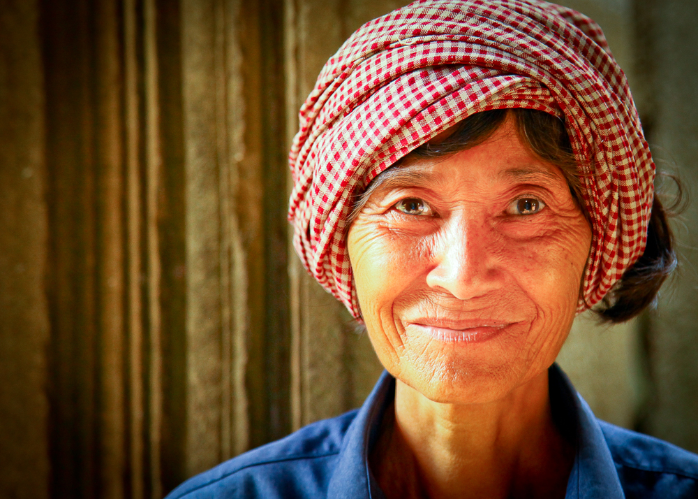 Cambodian_older_woman-001 copy.jpg