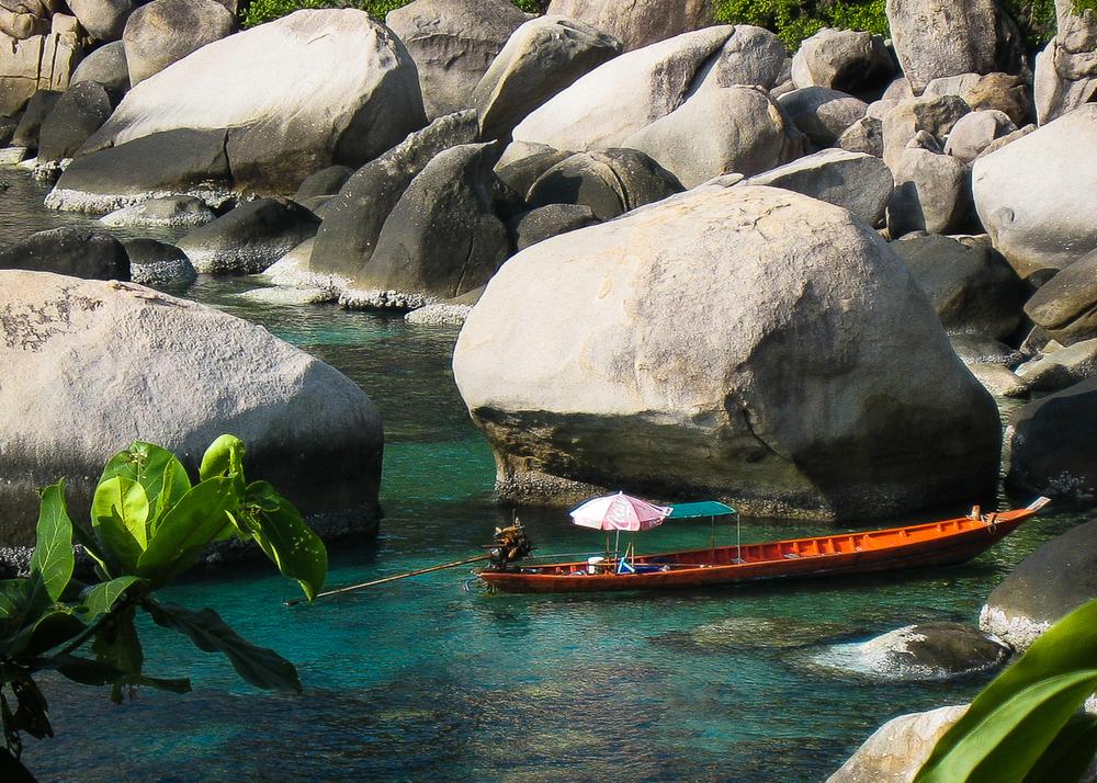 Island_in_Thailand-001.jpg