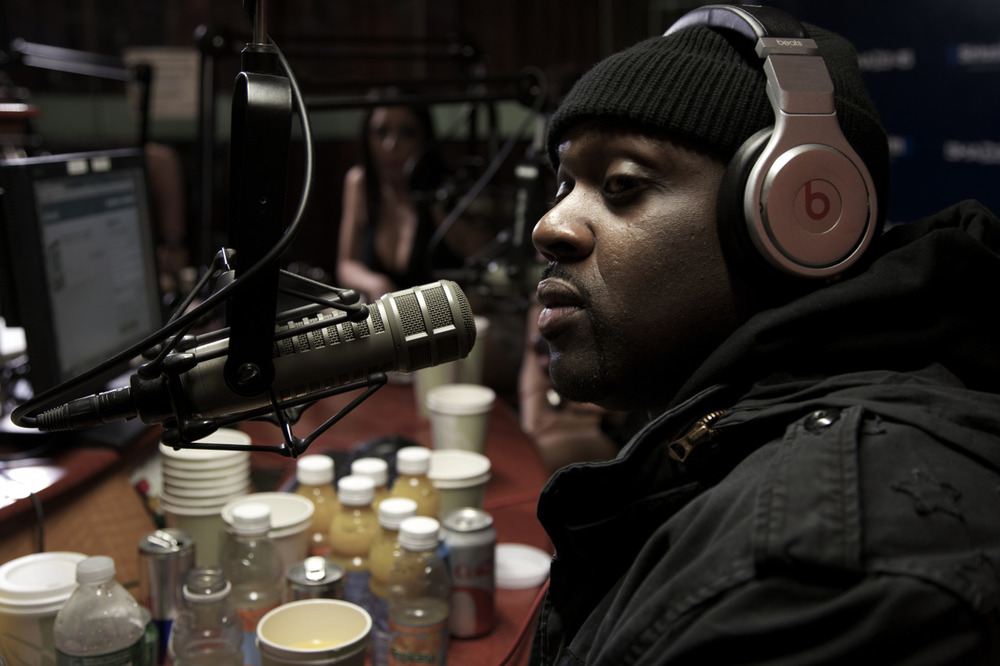 @SmokeDZA on @Shade45's #ShowoffRadio w/ @StatikSelekt  Shot by @jFlei