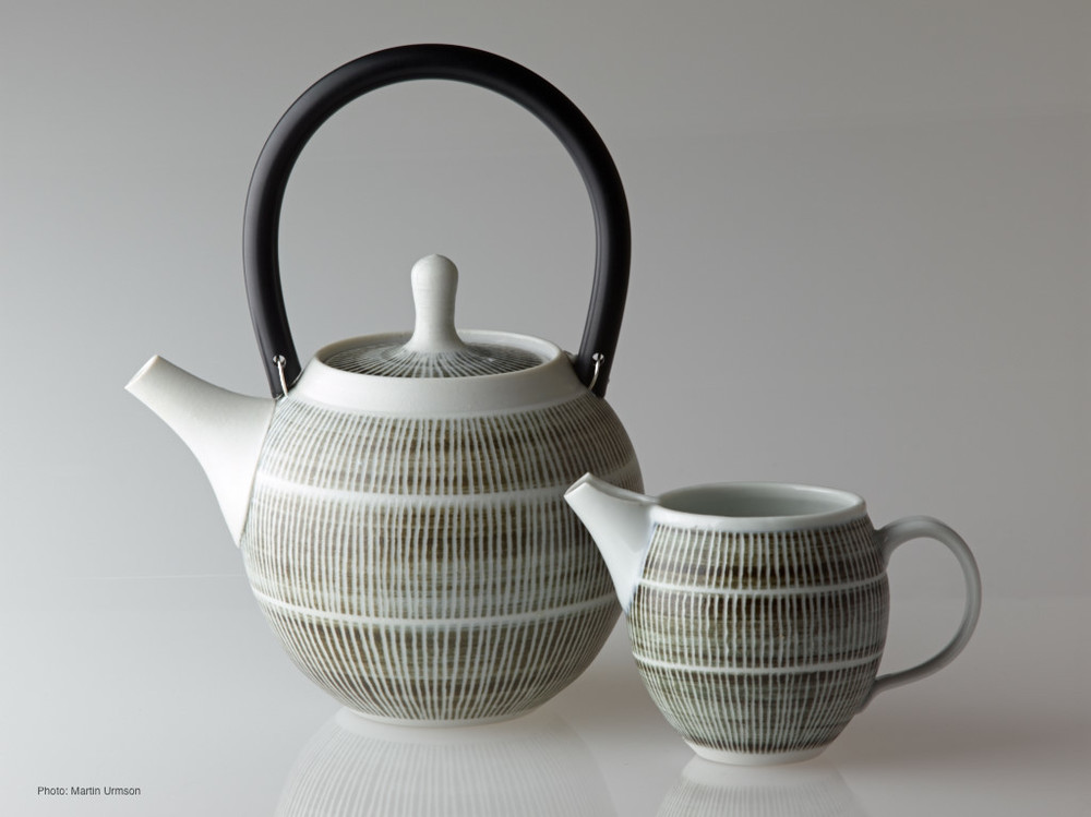 Weft teapot and creamer