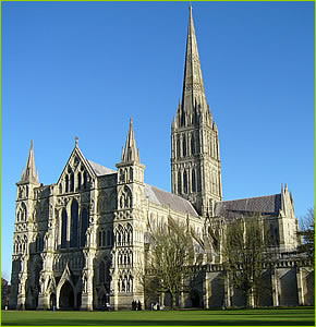 Salisbury Cathedral Close plays host to the city's first Contemporary Craft Fair