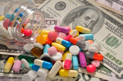 Pharma Company May Have Downplayed Side >> Debt And Drugs 10 Things Big Banks And Big Pharma Have In Common