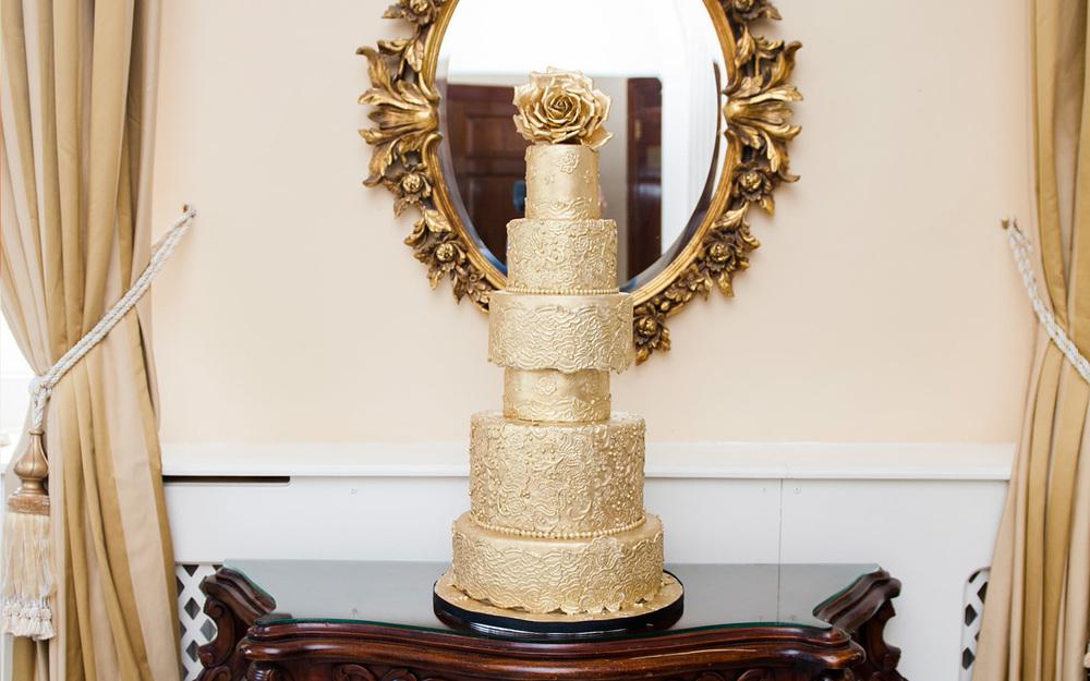 luxury-cake-elizabeth.jpg