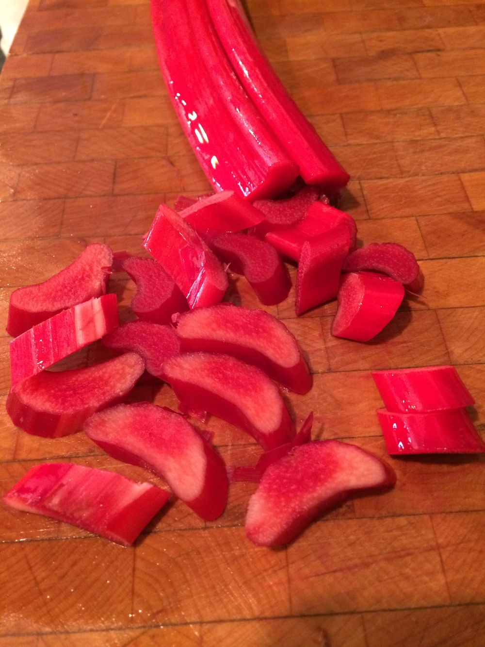 Cut the cleaned rhubarb into chunks...