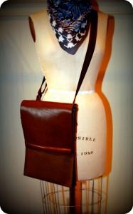 flynn-sling-bag1