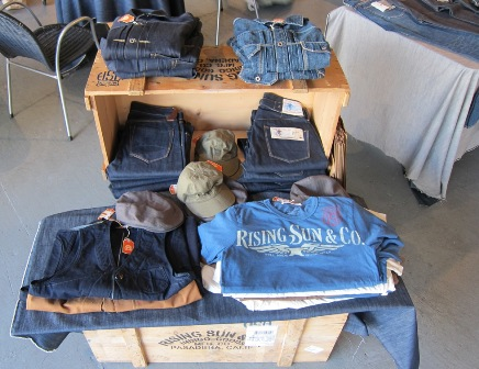 Rising Sun Crate @ AB Fits @ ManUp