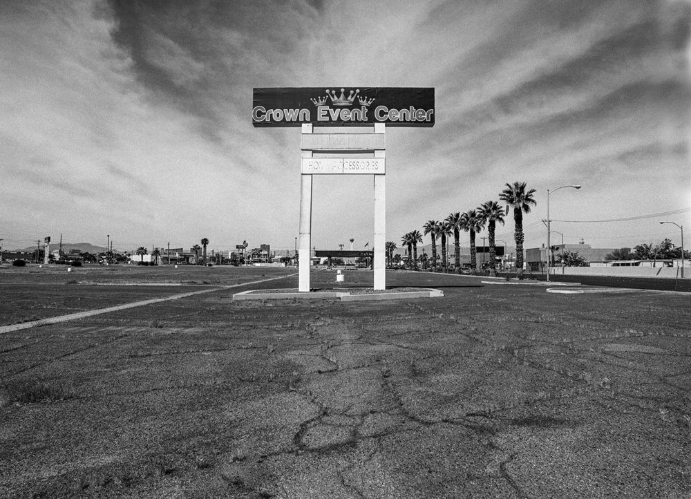 Las Vegas, Nevada. April 2016 | Scanned 120mm B&W Film Negative.