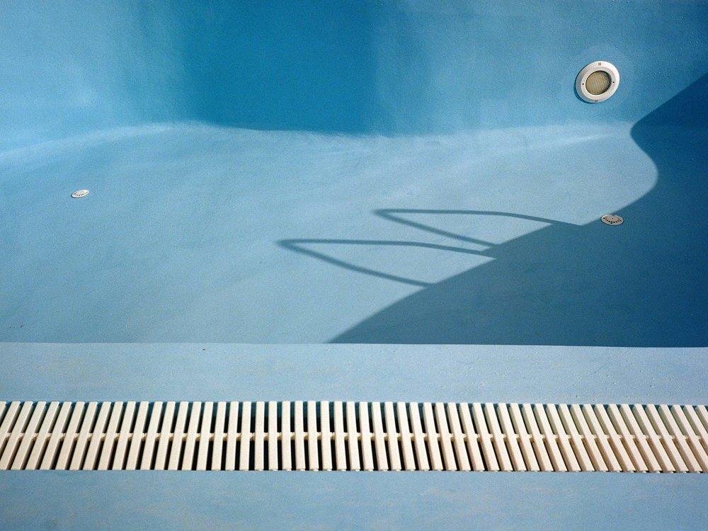 Santorini_Pool.jpg