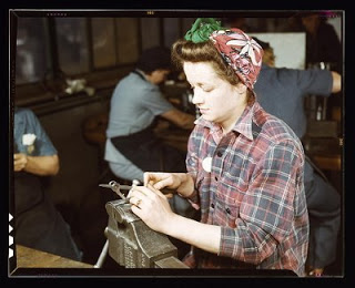 Women's vintage fashion during WWII