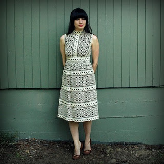 60s+Cream+Embroidered+Dress+001.jpg