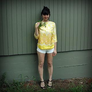 60s+Silk+Yellow+Blouse+001.jpg