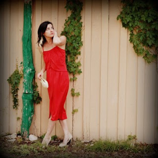 1970s vintage red dress