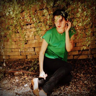 80s+Green+Blouse+002.jpg
