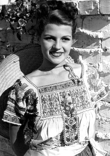 Rita Hayworth in a 1940s Puebla blouse