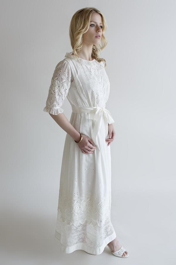Beloved vintage bridal vintage clothing store online for Wedding dress cleaning austin