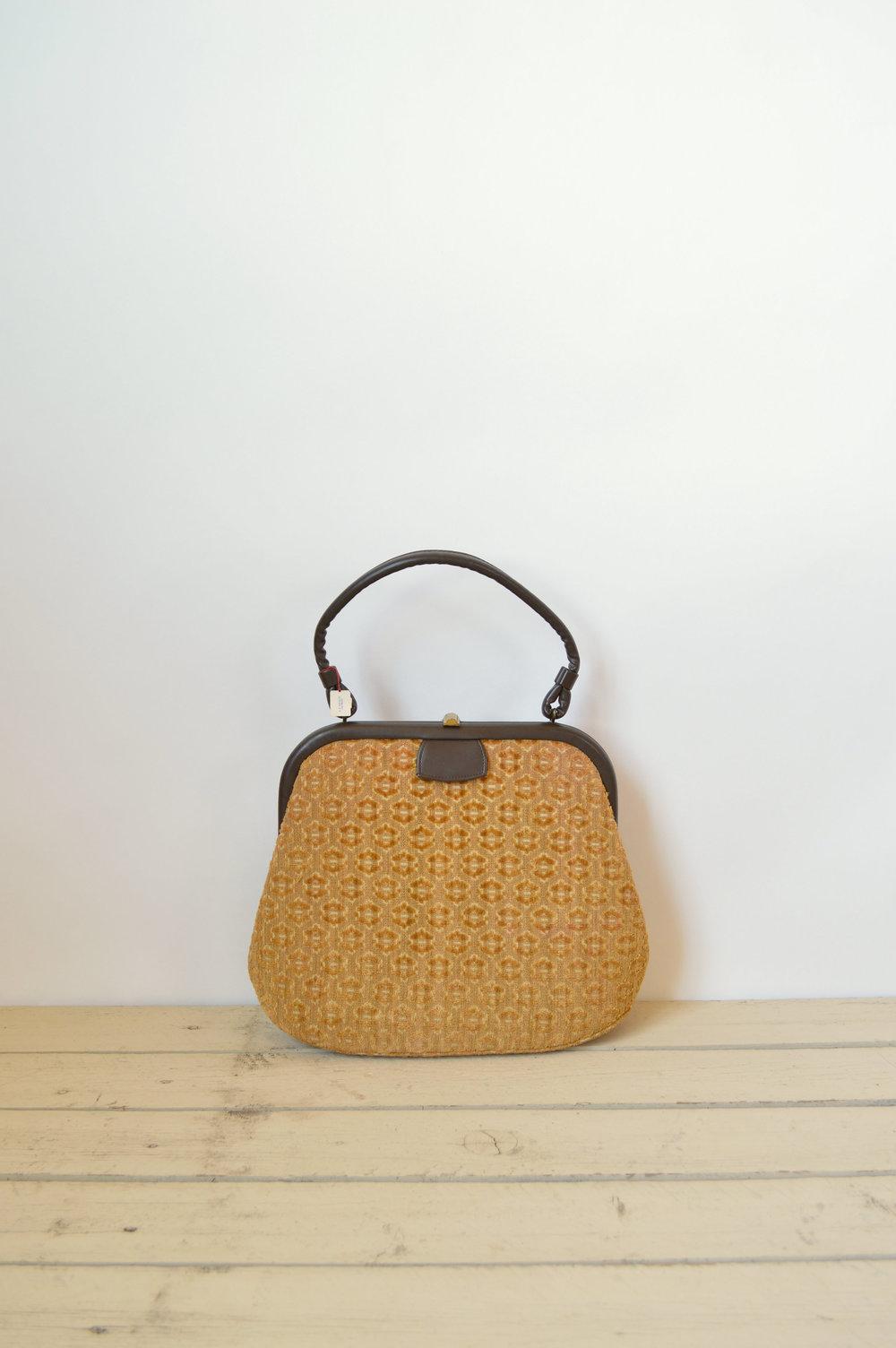 Vintage 1950s purse via Dalena Vintage