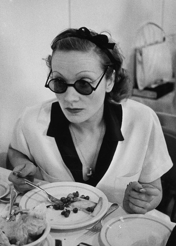 Malena Diethrich at breakfast in a pair of amazing vintage sunglasses.