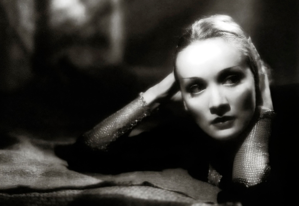 Hollywood starlet, Marlene Dietrich