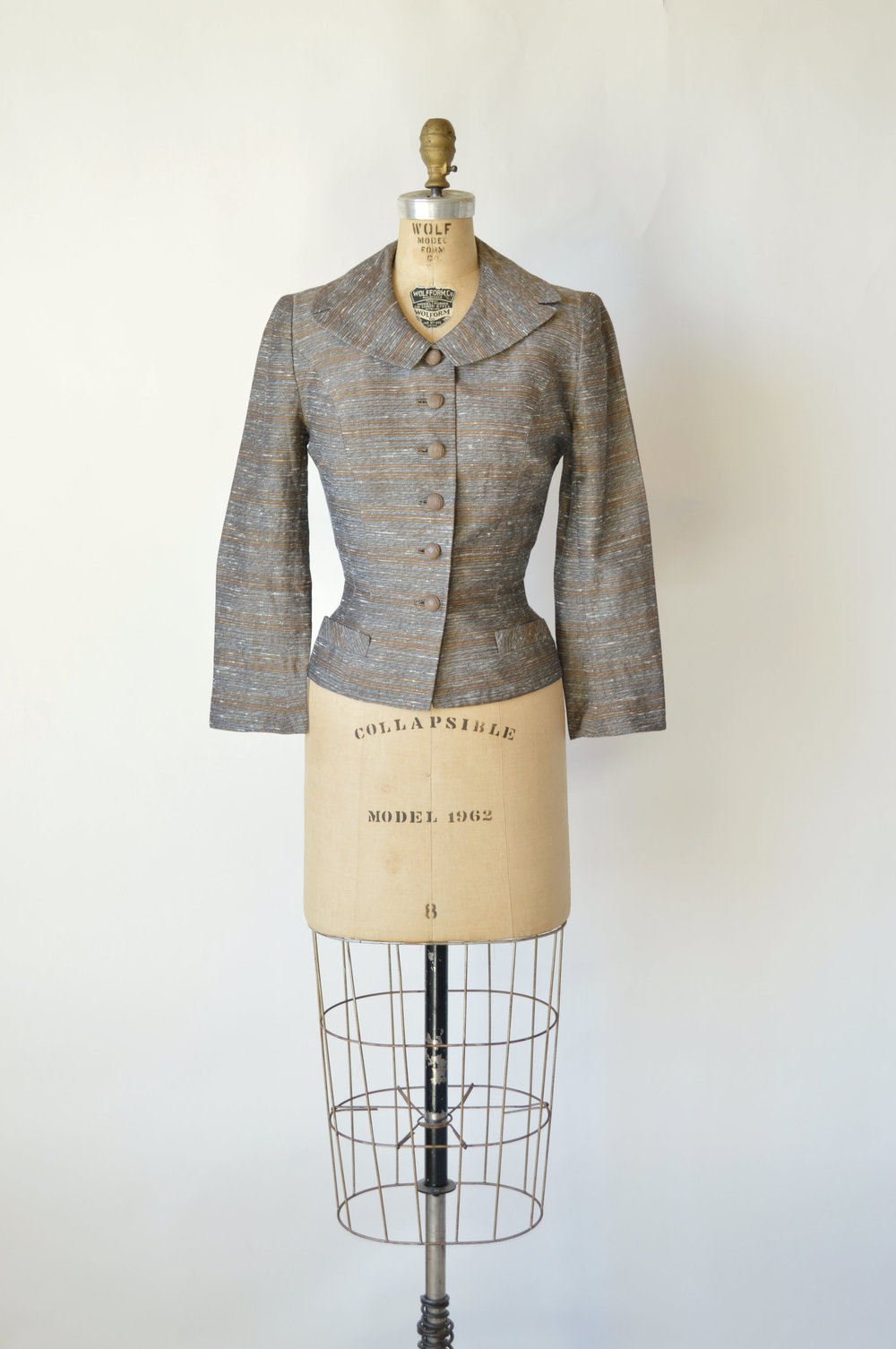 Vintage 1940s jacket from online clothing shop, Dalena Vintage.
