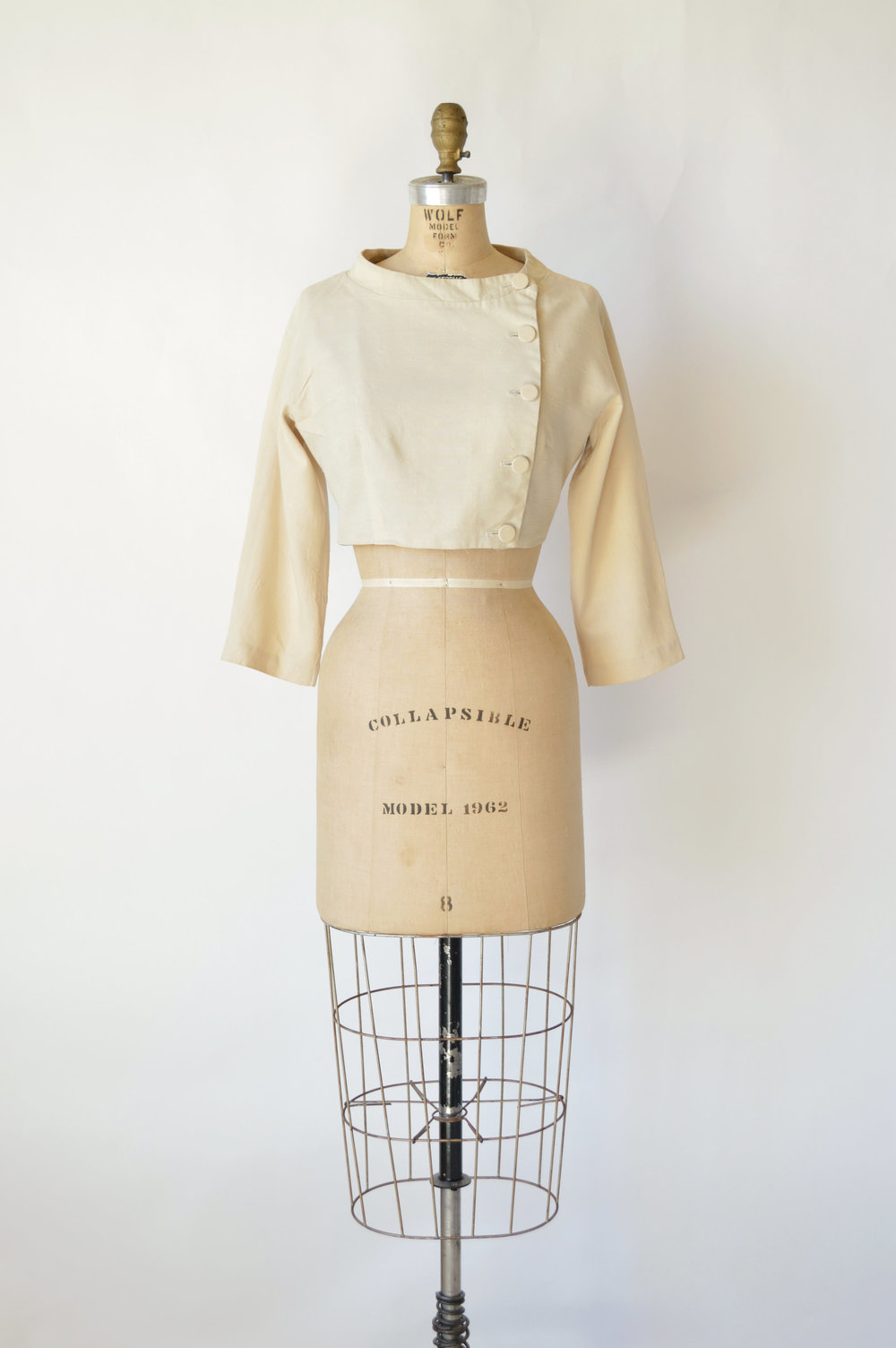 Vintage Betty Barclay cropped jacket in raw silk via Dalena Vintage.