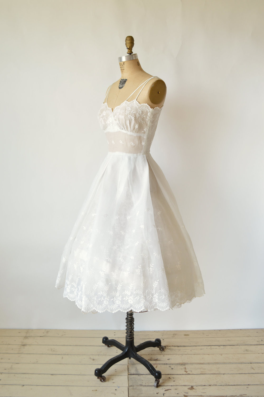 1950s Vintage Wedding Dress
