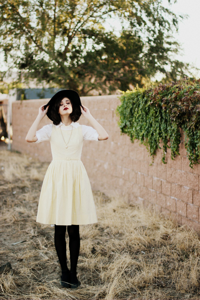 How to Style Vintage Fashion