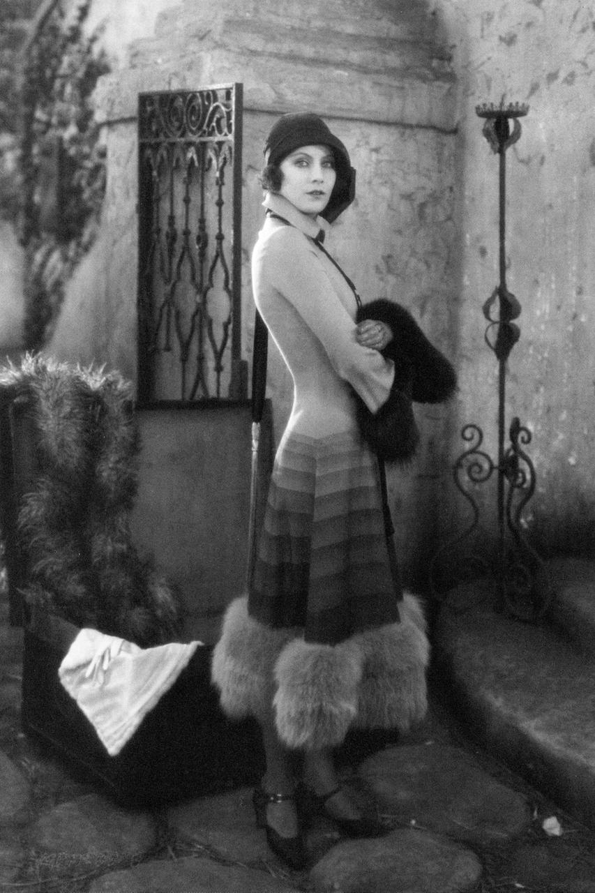 Style icon, Greta Garbo, in an amazing 1920s coat.