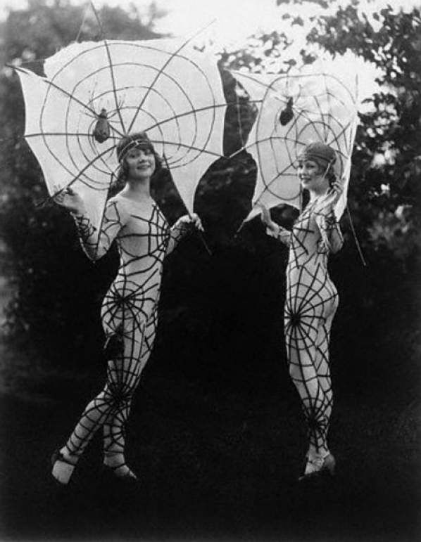 1920s girls dressed up as spider webs for Halloween