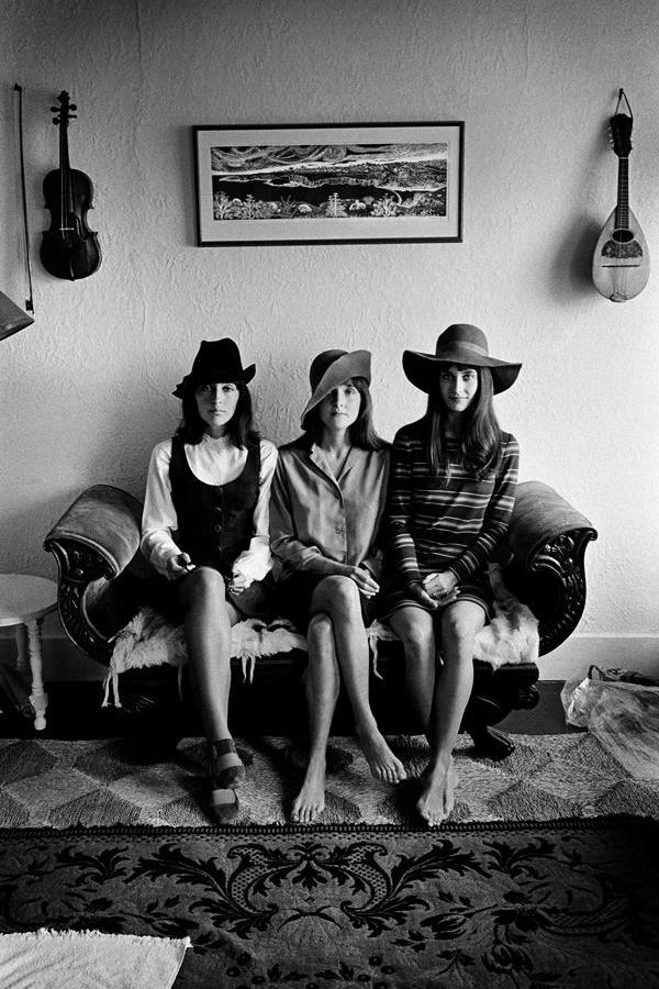 baez-sisters-1960s.jpg