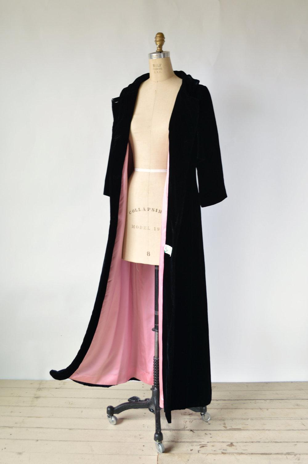 Vintage 1960's Velvet Opera Coat