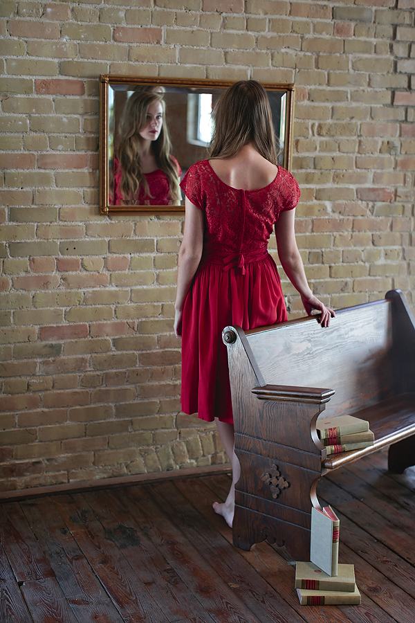 The Color of Love. Photo by Nicole Mlakar. Wardrobe via Dalena Vintage.
