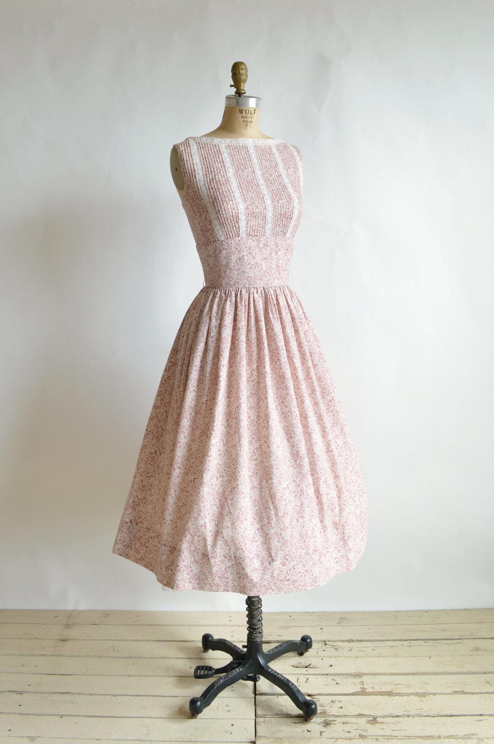 Vintage 1950s Floral Print Dress