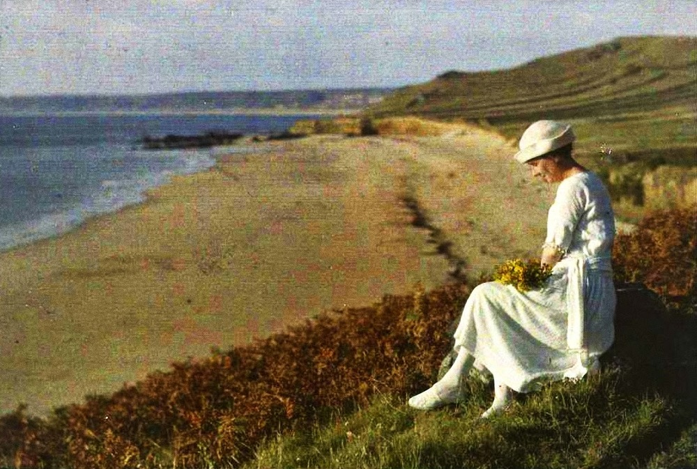 Autochrome photo by French photographer Gustave Gain