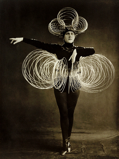 Das Triadisches Ballett costume, 1922