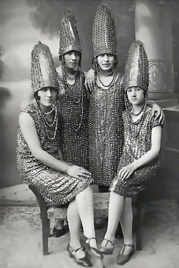 The Pickle Sisters, 1920s