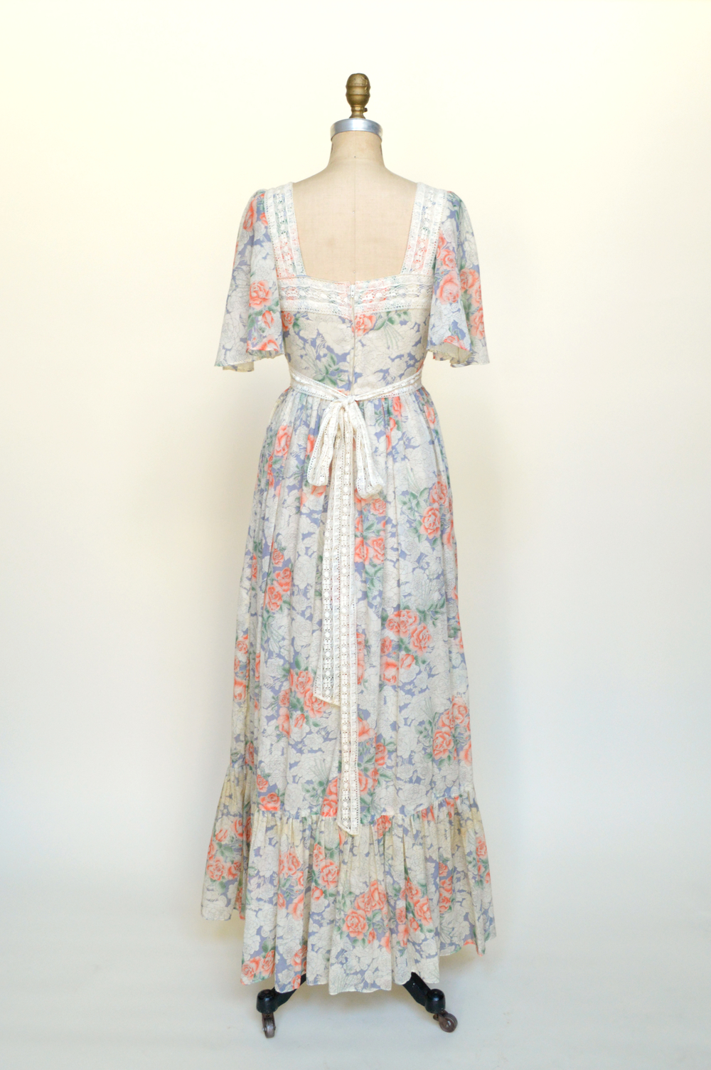 Vintage maxi dress from Dalena Vintage.