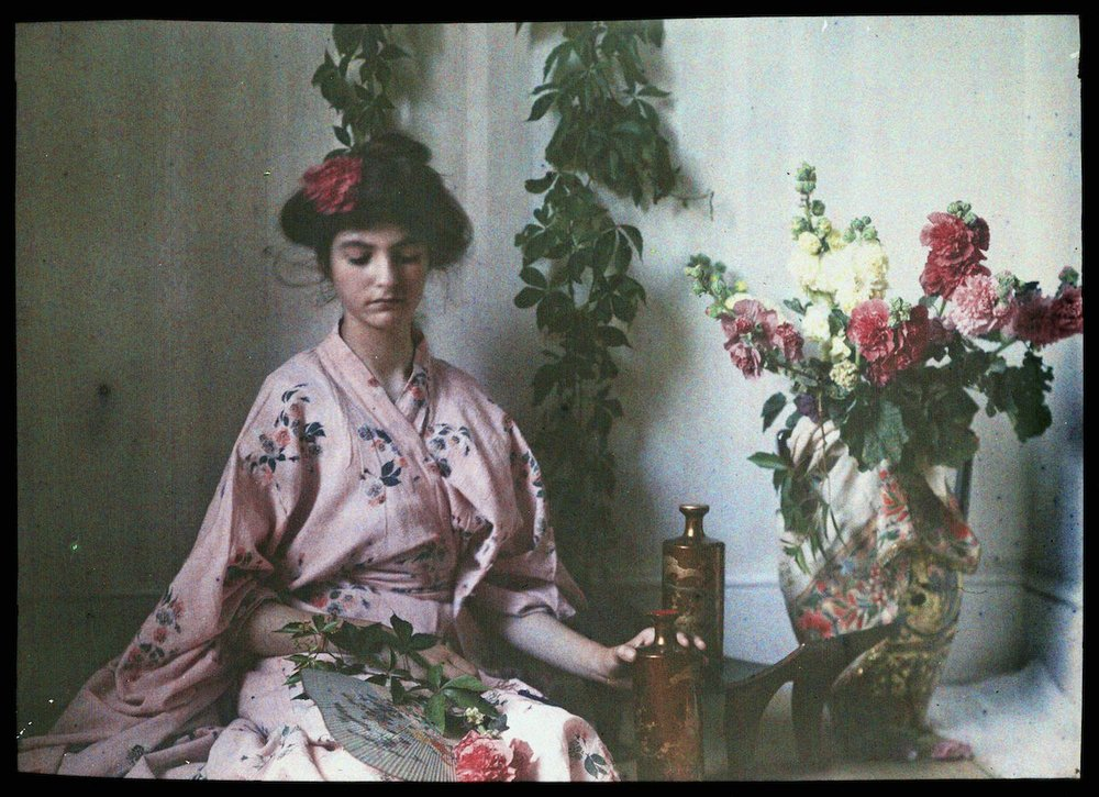 Janet Laing in Japanese costume circa 1914. IMAGE: NATIONAL MEDIA MUSEUM / SCIENCE & SOCIETY PICTURE LIBRARY GETTY IMAGES