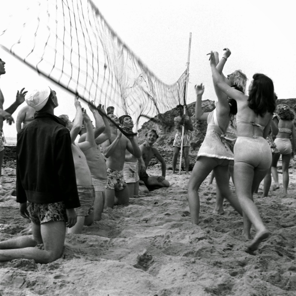 Balboa Beach Party, April 1947. Photographer: Peter Stackpole.