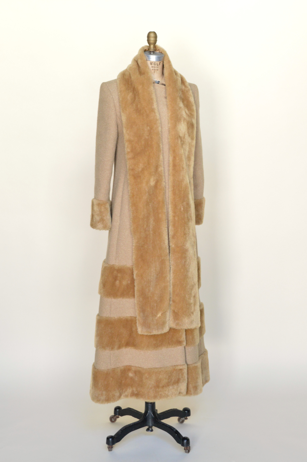 Vintage coat from Dalena VIntage