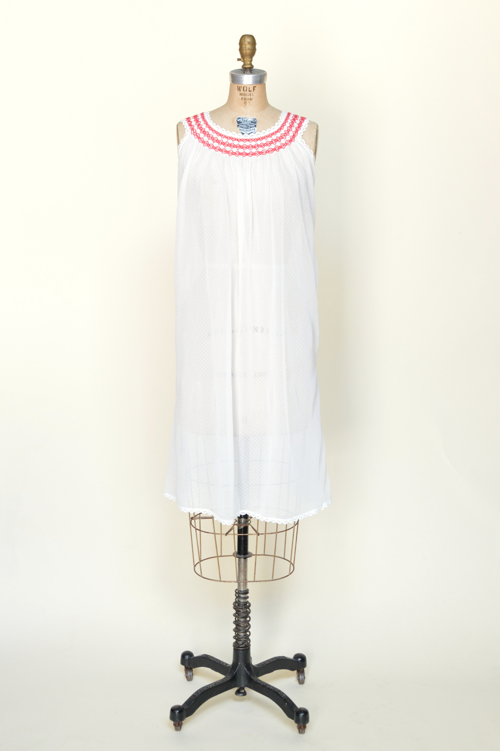 Vintage 1960s nightgown from Dalena Vintage