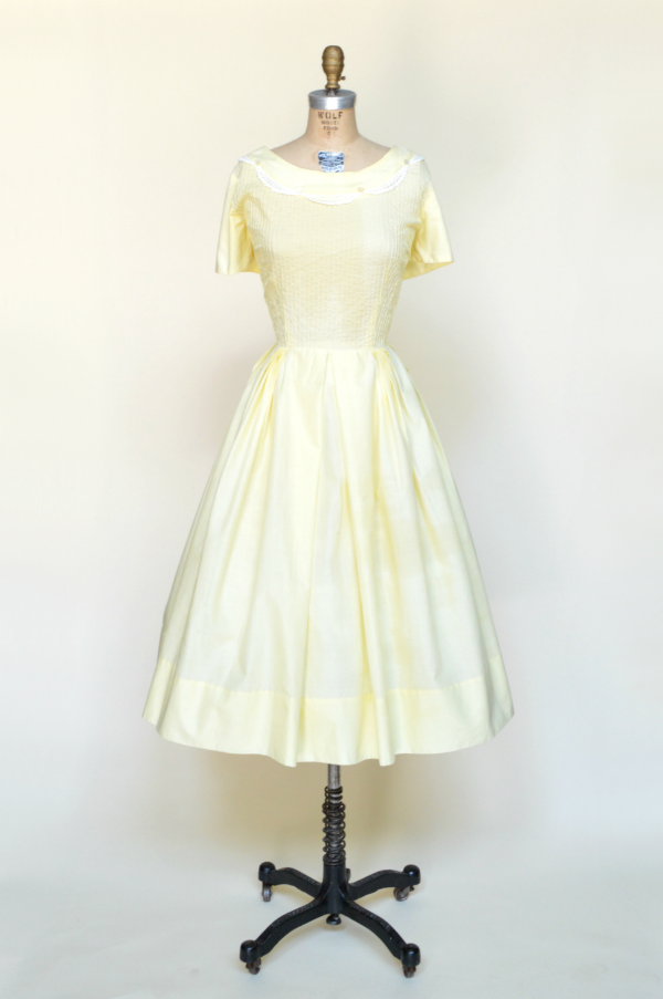 Vintage day dress from Dalena Vintage