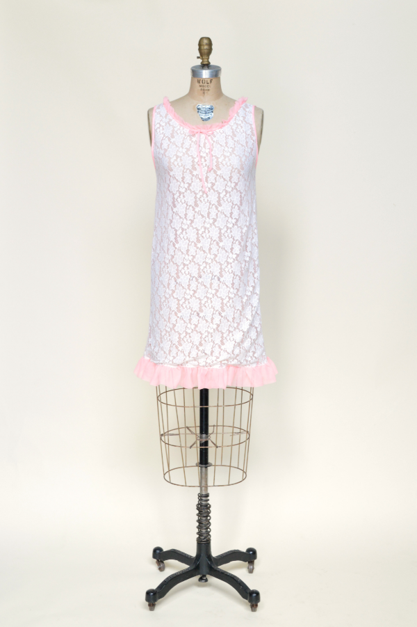 Vintage nightgown from Dalena Vintage