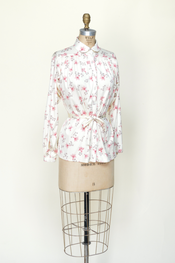 Vintage blouse from Dalena Vintage