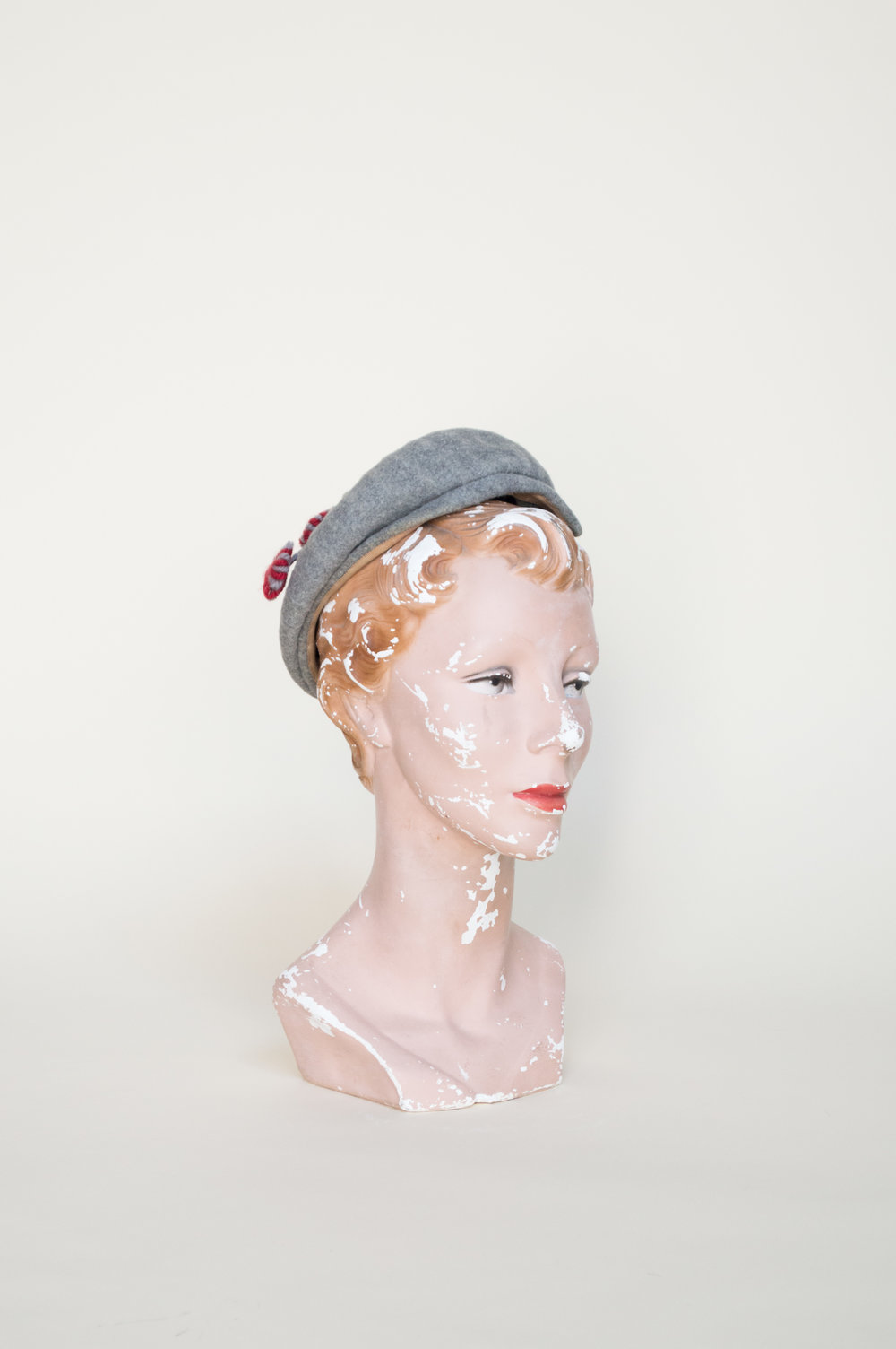 Vintage 1940s hat from Dalena Vintage