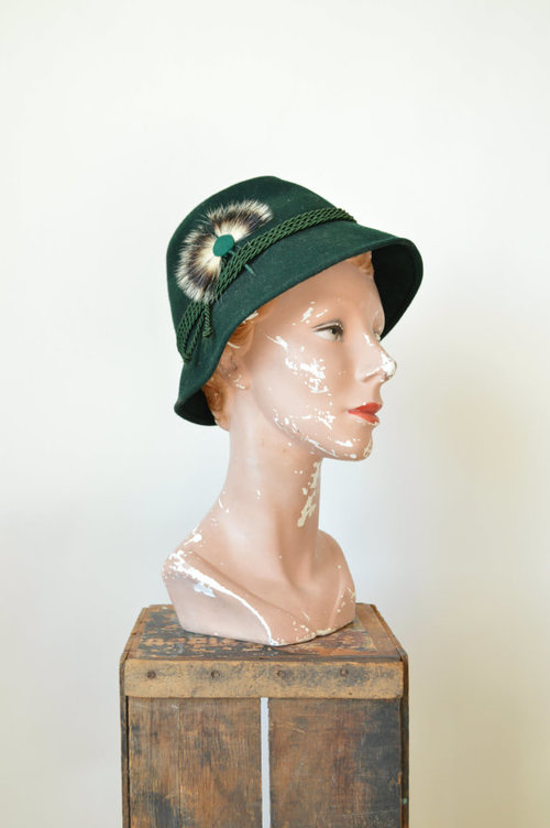Vintage 1960s hat from Dalena Vintage