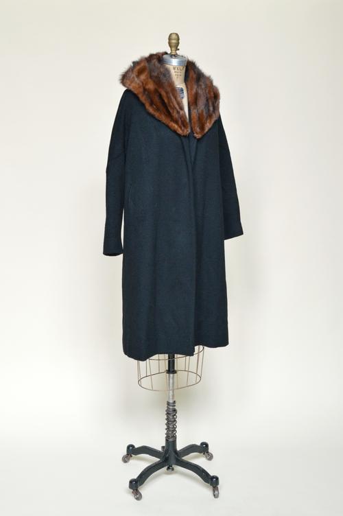 1960s-black-coat-01.jpg